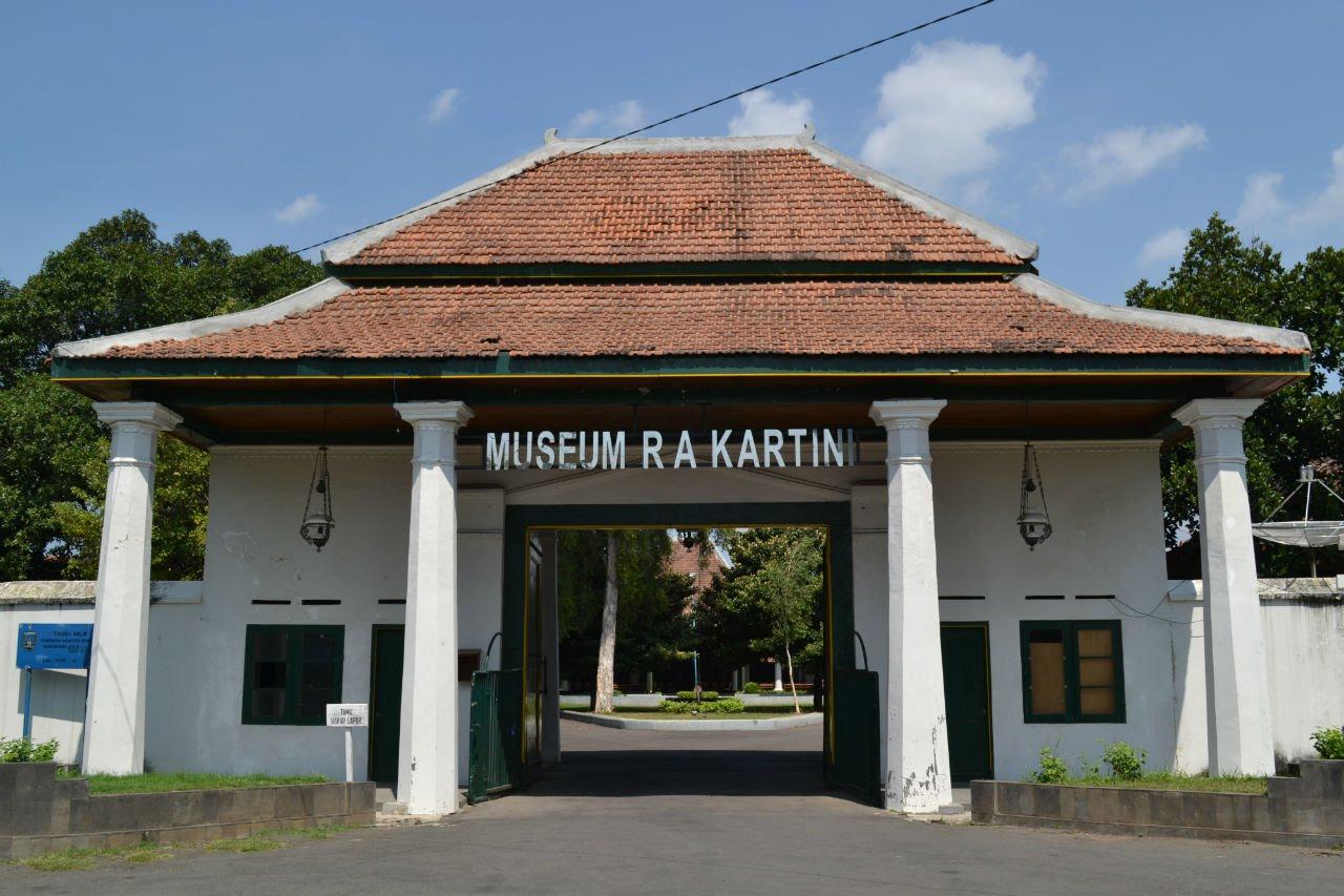 Museum Kartini Kota Rembang Youtube Makam Raden Ajeng Kab