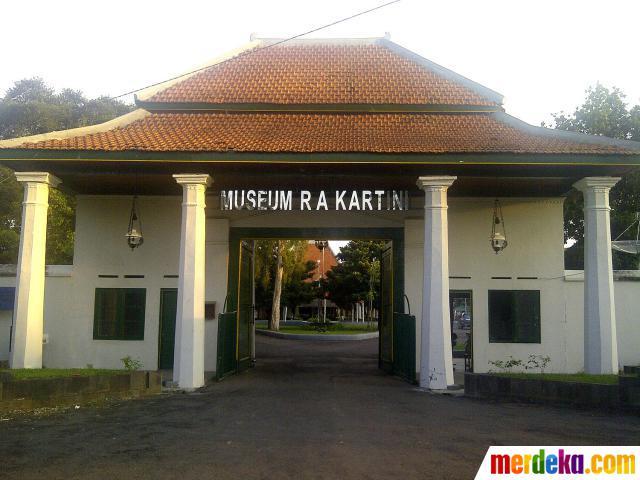 Wisata Religi Sejarah Rembang Jawa Tengah Juragan Kecil Museum Kartini