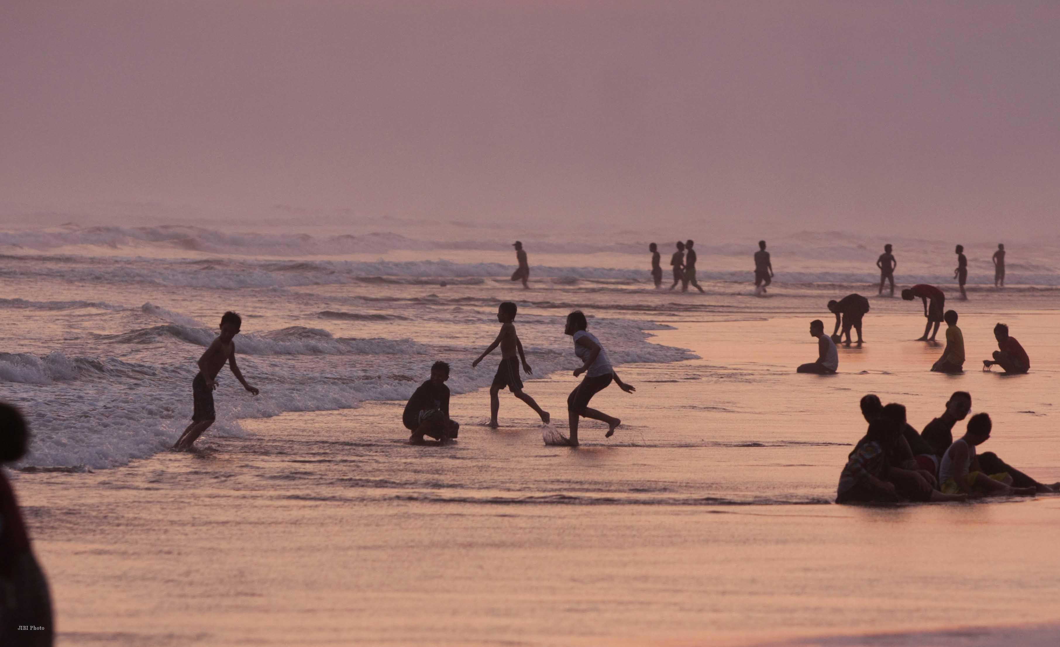 10 Tempat Wisata Rembang Terbaru Terpopuler Pantai Binangun Indah Kab