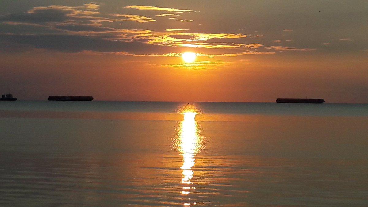 Eka Pala Suryana Ekapalasuryana Twitter Sunset Pemandangan Kapal Nelayan Dipantai