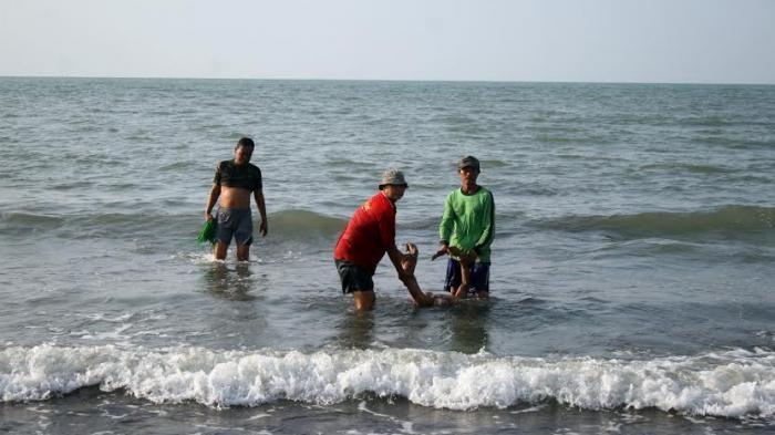 Akhirnya Identitas Mayat Terdampar Pantai Caruban Lasem Rembang Terkuak Kab