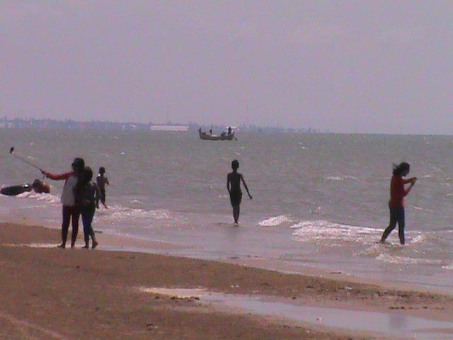 Foto Pesona Pantai Caruban Lasem Gambar Wisata Rembang Jateng Kab