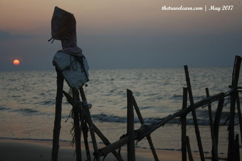 Kesengsem Lasem 3 Menikmati Alam Pantai Caruban Watu Congol Matahari