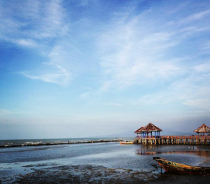 Keindahan Wisata Alam Pantai Sluke Rembang Jatisari Kab