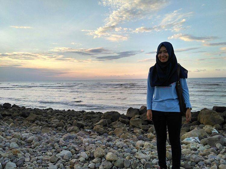 Saatnya Mengunjungi Kabupaten Rembang Tempat Asyik Bersenang Pantai Jatisari Kab