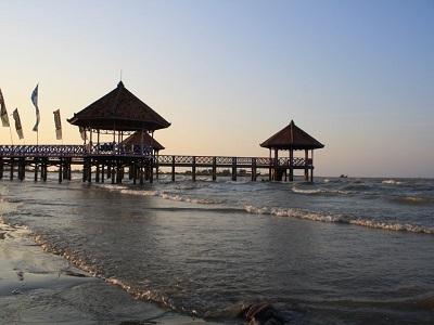 20 Obyek Tempat Wisata Rembang Jawa Tengah Pantai Air Terjun