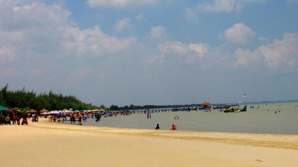 Karang Jahe Beach Eksotisme Wisata Pantai Pasir Putih Rembang Kab