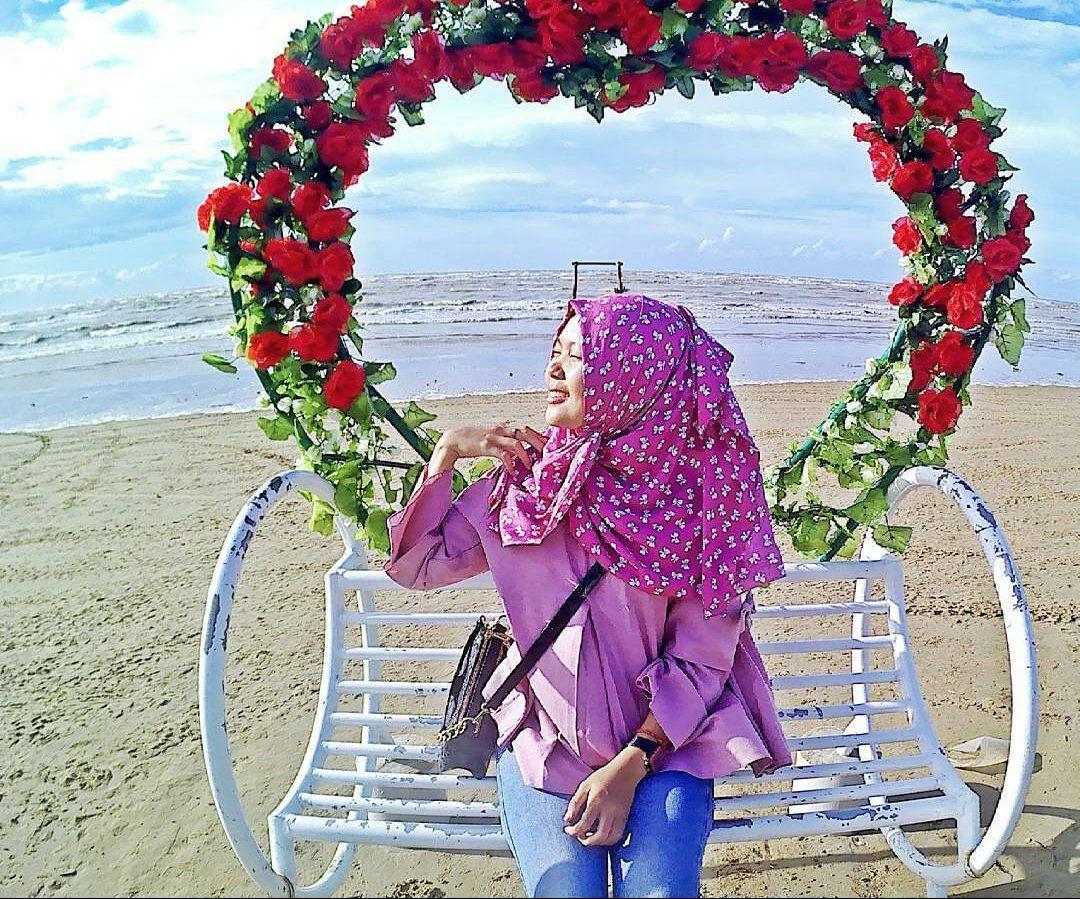 Karang Jahe Beach Eksotisme Wisata Pantai Pasir Putih Rembang Masuk