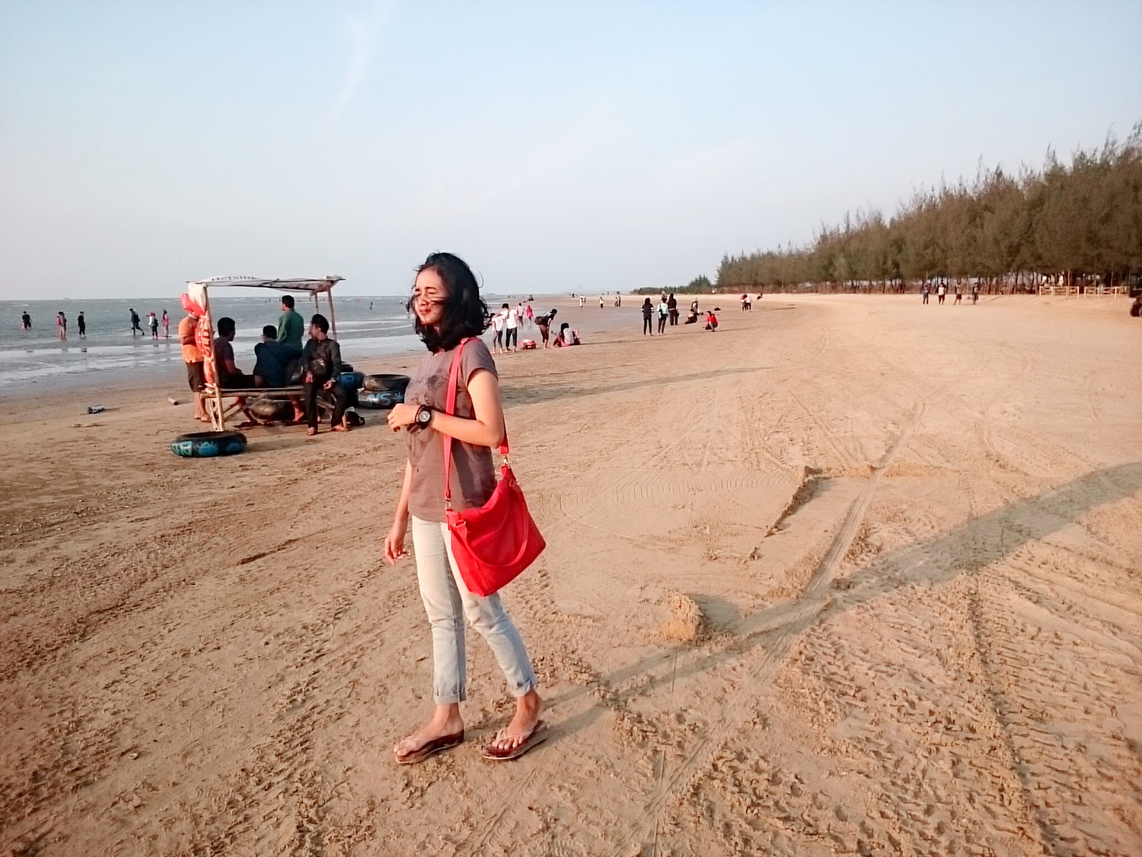 Karang Jahe Beach Lets Happinest Suasana Pantai Kab Rembang