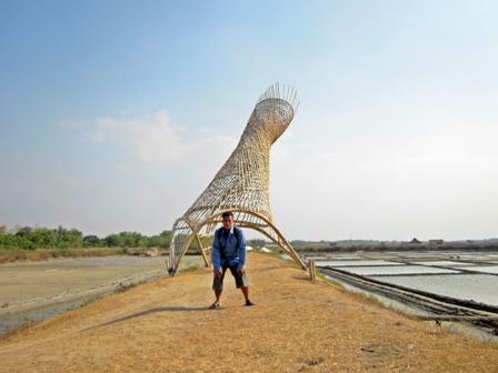 Melihat Duniaku Keindahan Keberanian Vitamin Mata Semaam Kurungan Bambu Raksasa