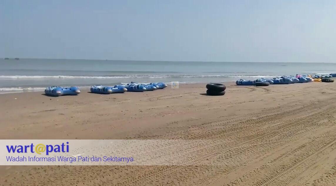 Pantai Karang Jahe Berpasir Putih Jalur Utama Pantura Wartapati Kab