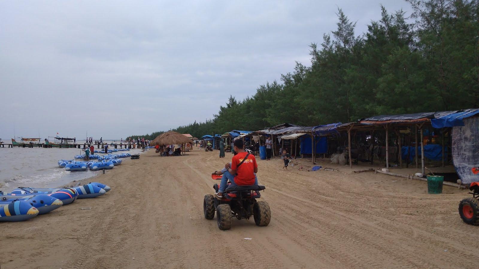 Pantai Karang Jahe Rembang Prakarsa Berbagai Fasilitas Wahana Permainan Disediakan