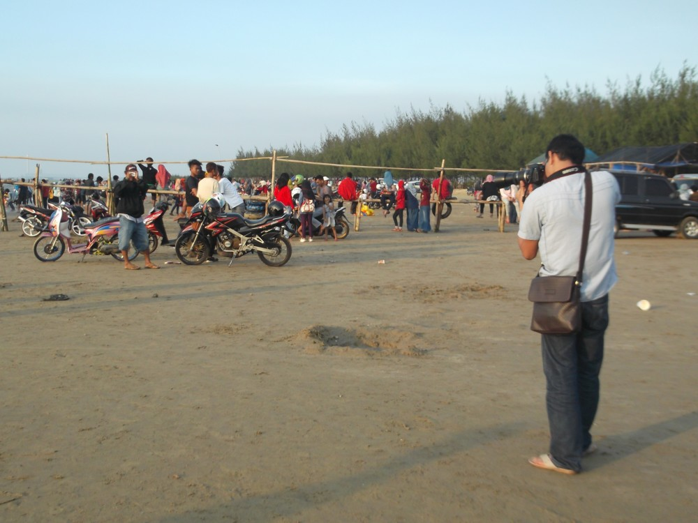 Pesona Pantai Karang Jahe Diminati Wisatawan Radio Citra Kab Rembang