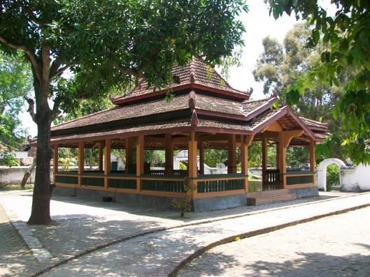 Wisata Rembang Nuansa Historis Edukatif Tempat Petilasan Sunan Bonang Dipercaya