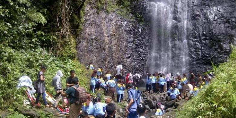 Air Terjun Wana Tirta Obyek Wisata Purbalingga Kompas Situs Sejarah
