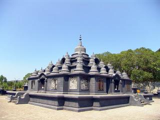 Lasem Rembang Wikiwand Candi Belakang Vihara Ratanavana Arama Situs Sejarah