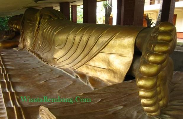 Patung Buddha Tidur Vihara Ratanavana Arama Lasem Salah Satu Tempat