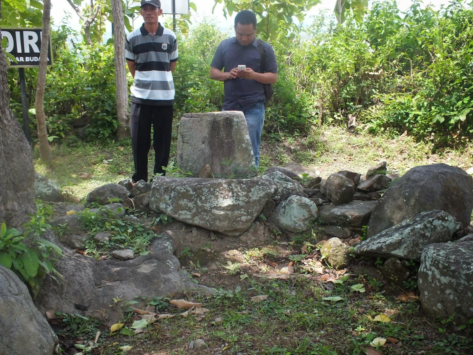 Situs Megalitikum Terjan Kecamatan Kragan Kab Rembang Komisi Kec Sejarah