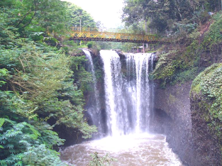 Nikmatnya Wisata Alam Sejarah Dago Bandung Rembang Info Taman Sumber