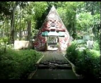 Taman Wisata Sumber Semen Plukme Alam Kab Rembang