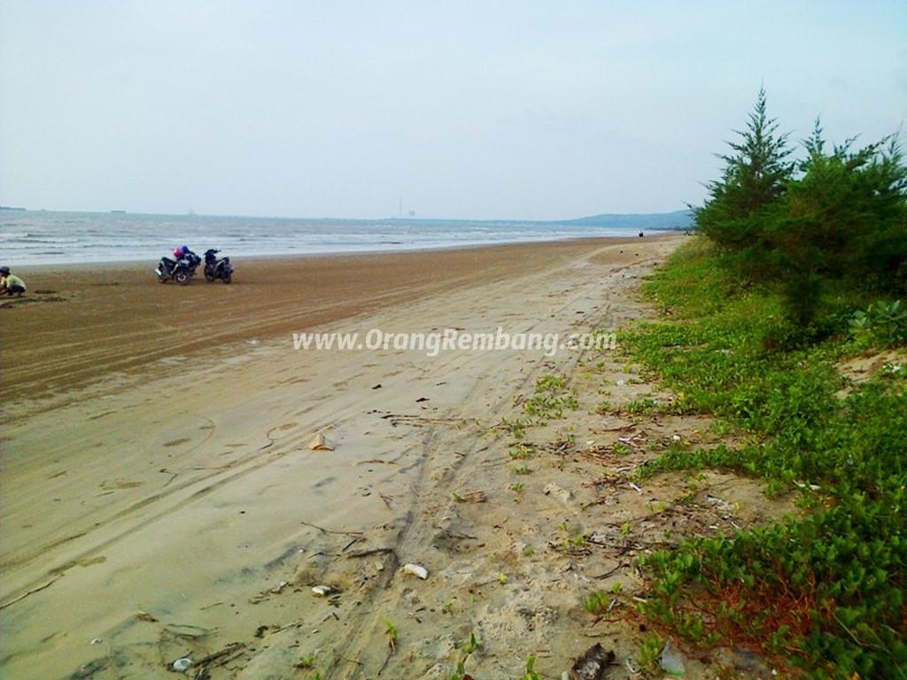 21 Tempat Wisata Populer Indah Rembang Jawa Tengah Indonesiaku Pantai