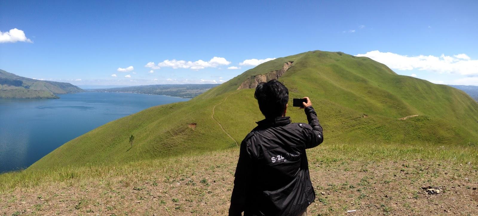 Panorama Bukit Teletubbies Desa Holbung Samosir Danau Toba Sipinsur Kab