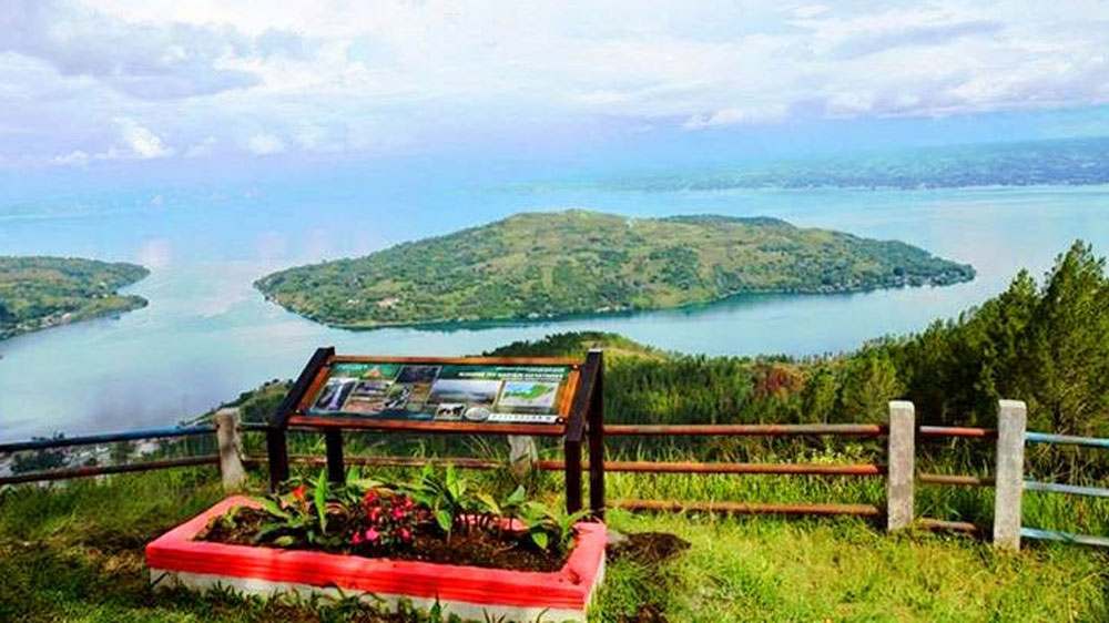 Taman Sipinsur Humbahas Pesona Danau Toba Ketinggian 1 213 Mdpl