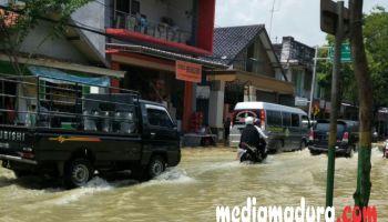 Kota Sampang Kembali Dilanda Banjir Media Madura Merendam Monumen Trunojoyo