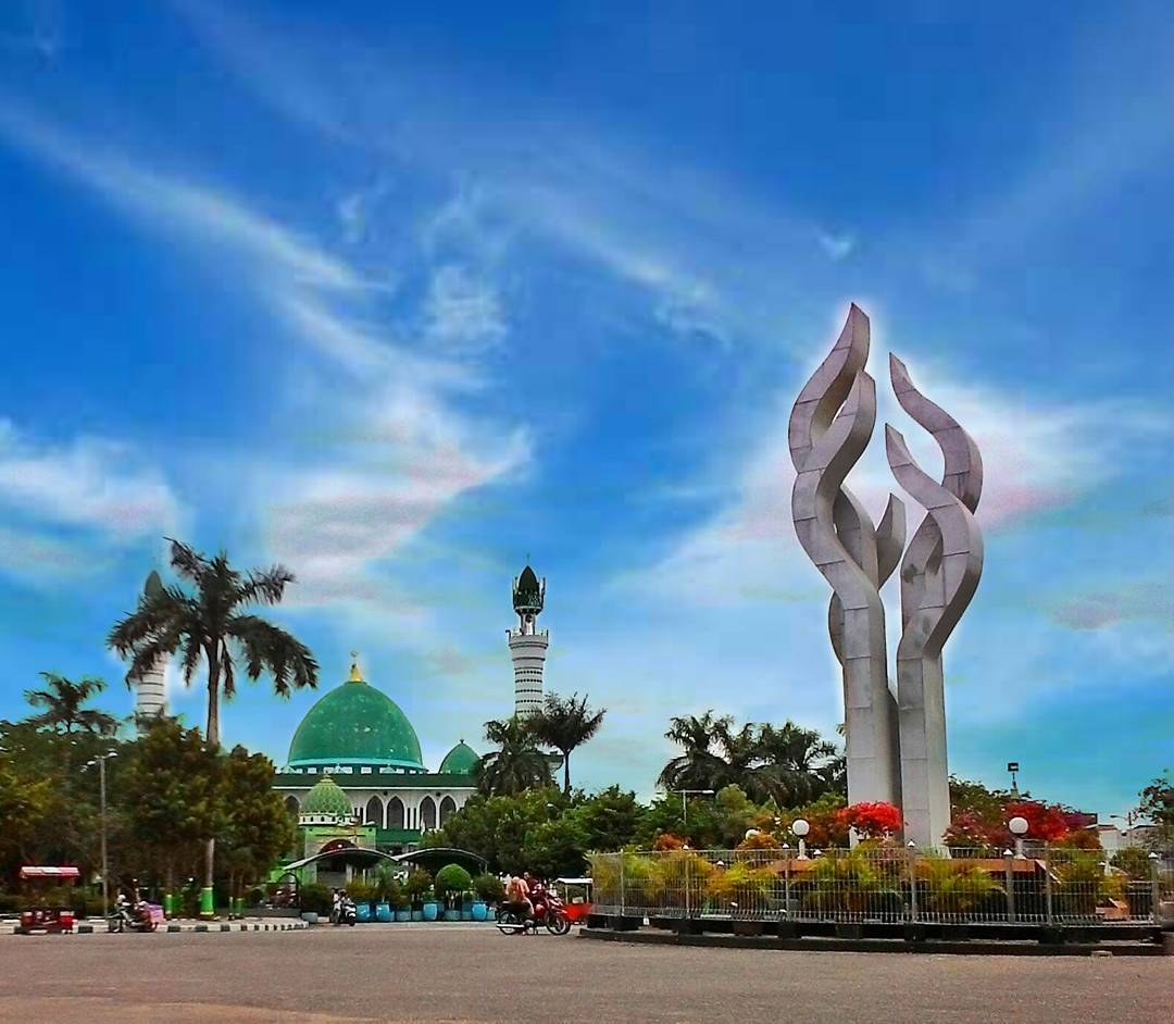 Lare Madunten Maret 2017 Monumen Arek Lancor Pamekasan Proklamasi Event