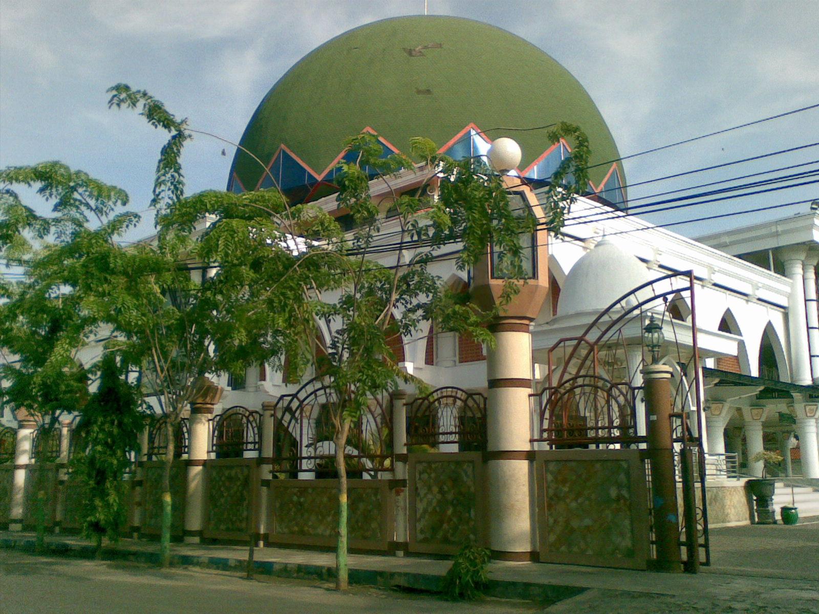 Masjid Agung Sampang Punya Monumen Trunojoyo Kab