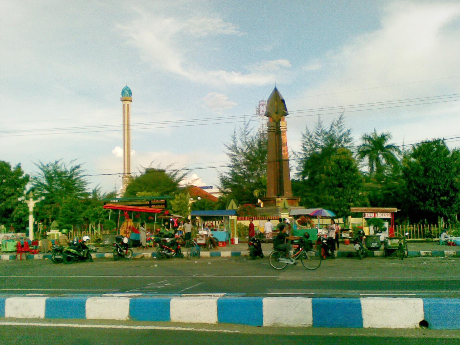 Monumen Trunojoyo Sampang Punya Terletak Pusat Kota Sebagai Titik 0