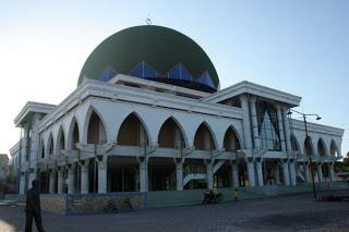 Sampang Februari 2010 Masjid Agung Monumen Trunojoyo Kab