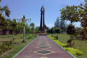 Sejarah Monumen Sampang Wisata Madura Sebuah Kabupaten Dimana Letaknya Berada