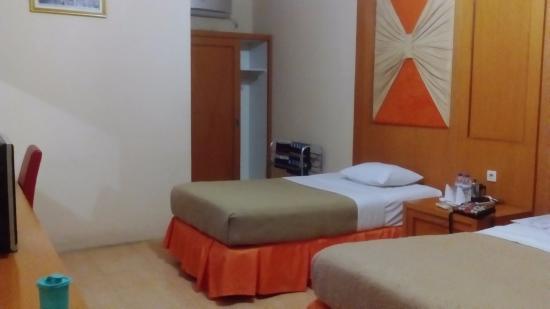 Camplong Hotel Updated 2018 Reviews Sampang Indonesia Tripadvisor Pantai Wisata