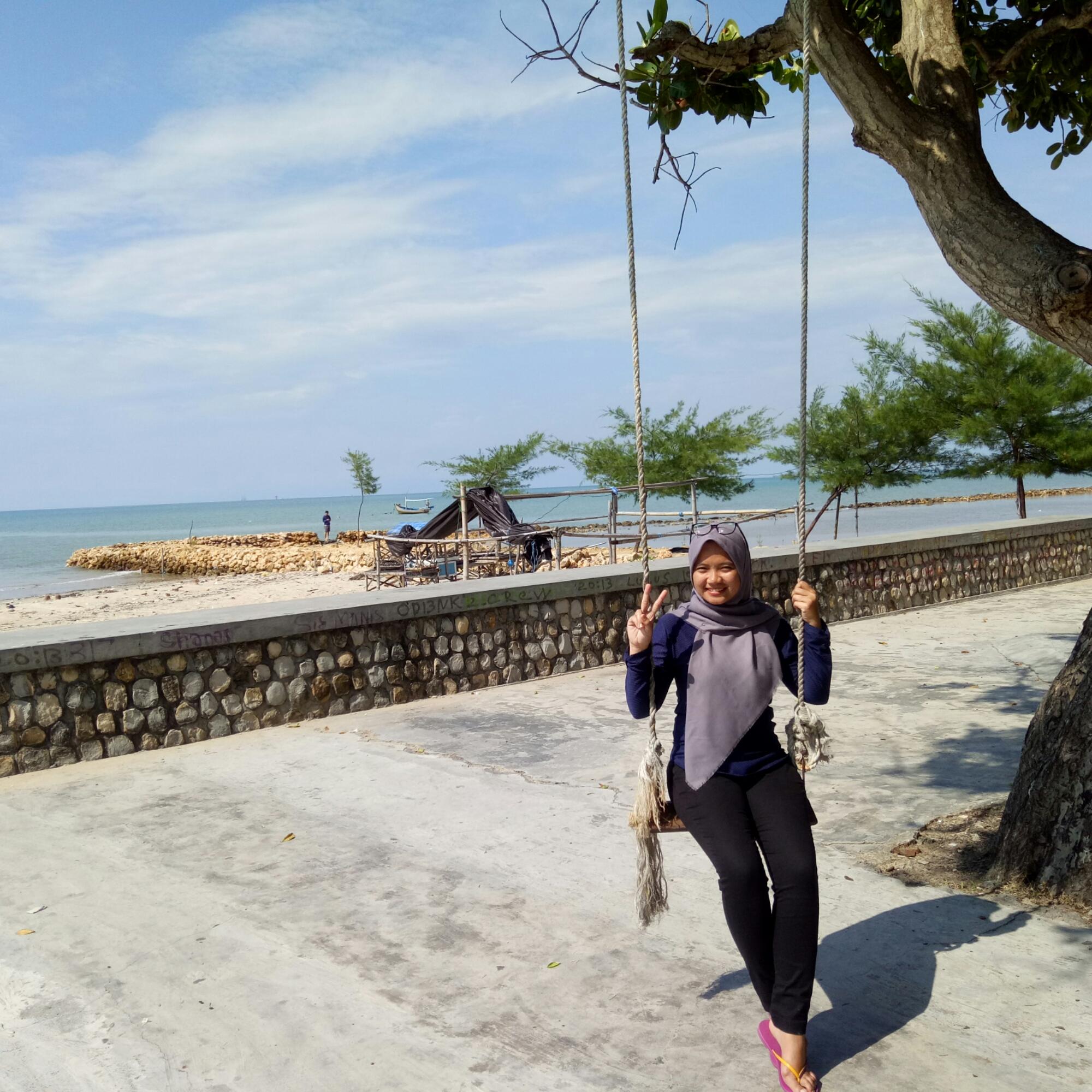Pantai Camplong Indriemustamil Adapun Kepergian Teman Tvone Biro Surabaya Sampang