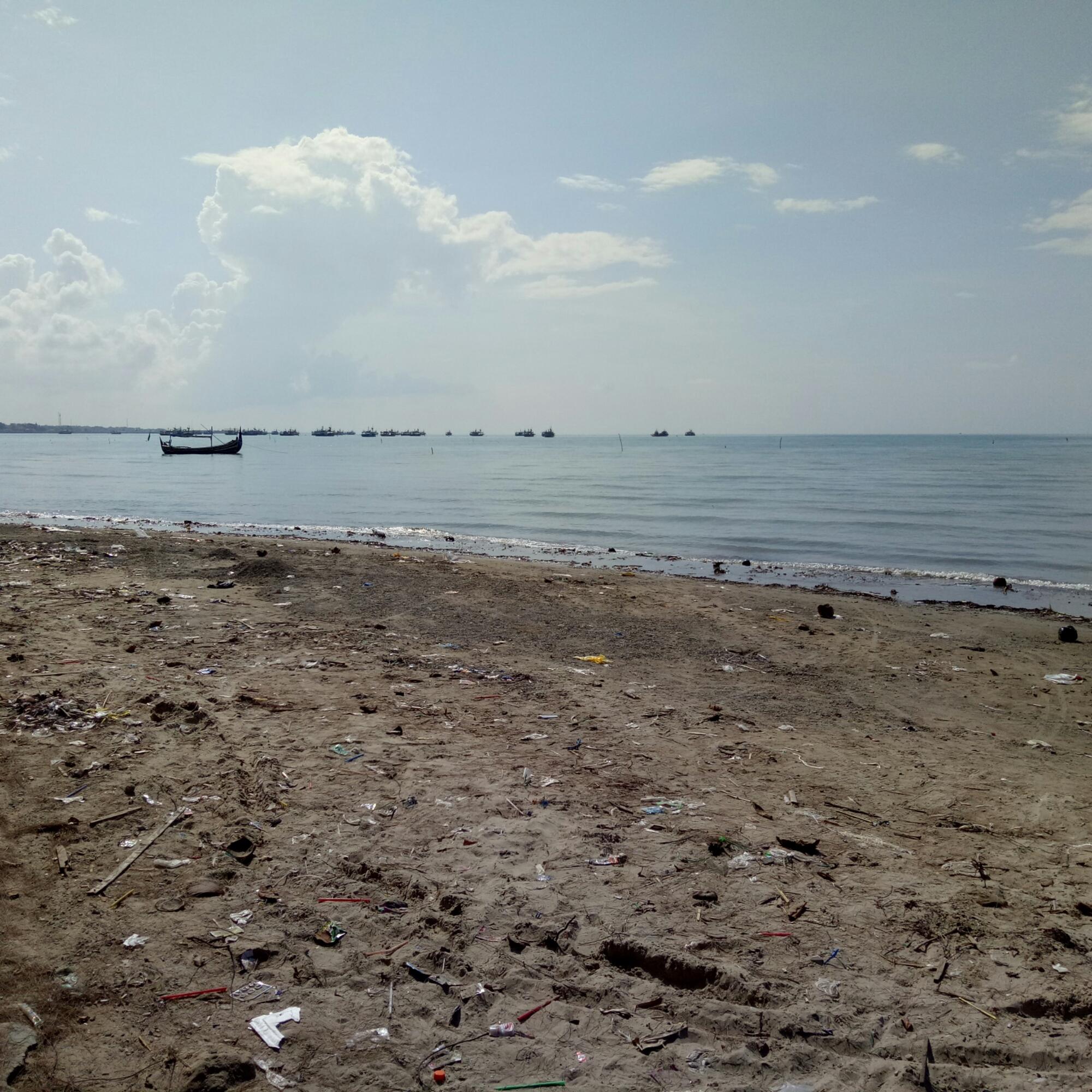 Pantai Camplong Indriemustamil Sayang Tentunya Anugerah Kekayaan Alam Diberikan Tuhan