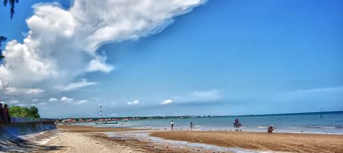 Pantai Camplong Pasirnya Putih Ombak Rendah Wisata Hotel Resto Kab