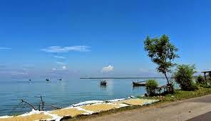 Pantai Camplong Sampang Madura Ihdw Dikelola Oleh Pemda Pemerintah Daerah