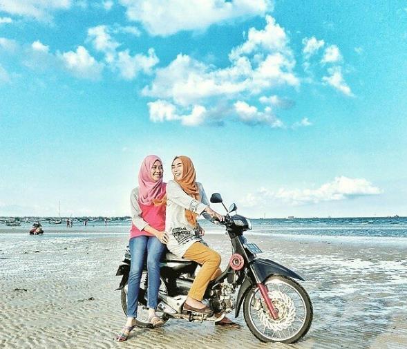 Wisata Andalan Pantai Camplong Sampang Madura Jalan Menuju Campong Hotel