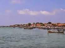 27 Juli 2017 Ayu Achmy Pulau Mandangin Desa Berada Kecamatan