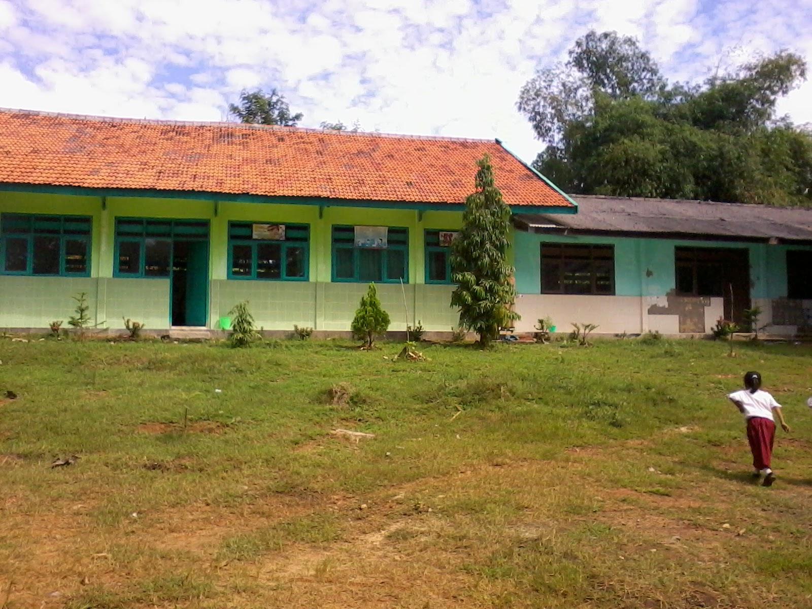 Sekolah Pedalaman Gedung Sdn Jungkarang 3 Sumur Daksan Kab Sampang