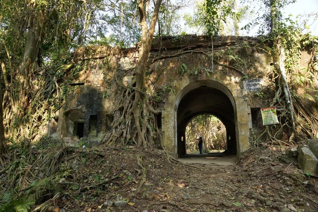 7 Spot Foto Pathable Semarang Cerpin Benteng Pendem Kab