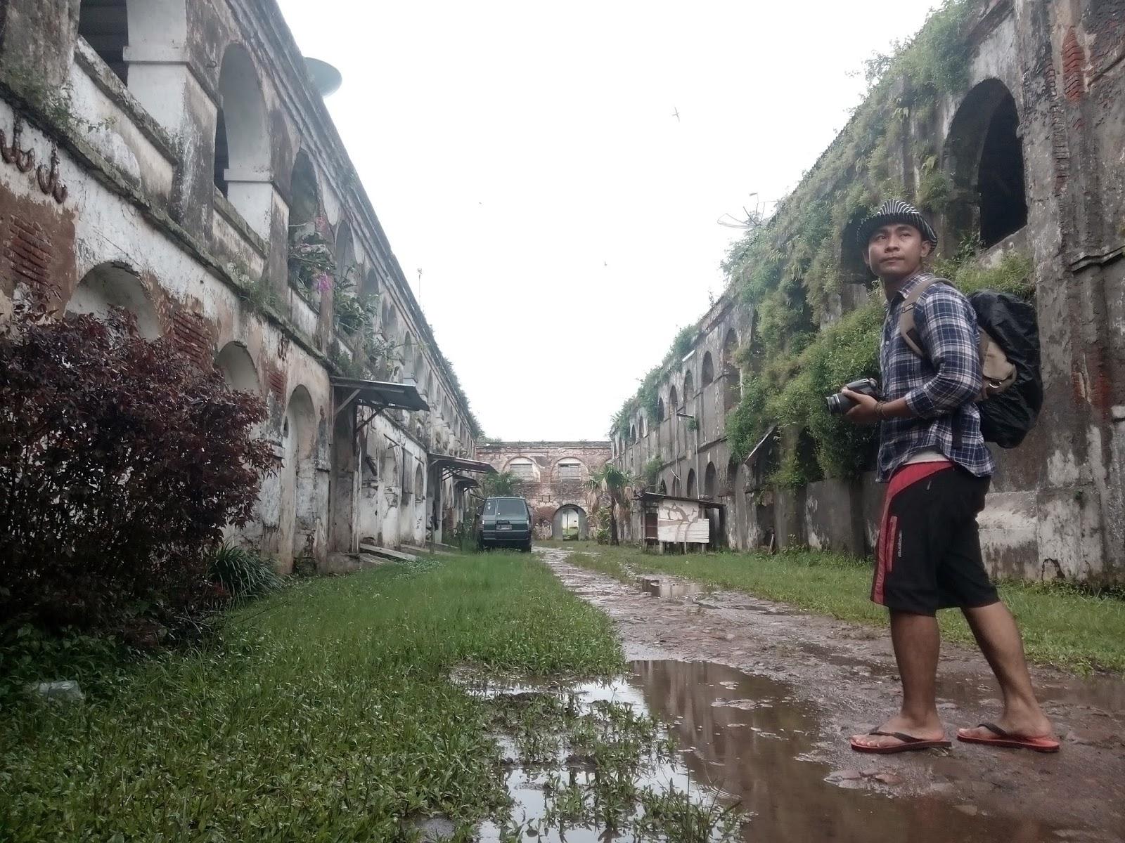 Benteng Pendem Ambarawa Antara Angker Eksotis Ironi Angin Semilir Hujan