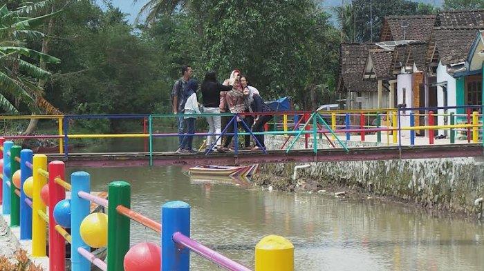 Kunjungilah Desa Bejalen Ambarawa Dekat Benteng Pendem Warna Warni Jembatan