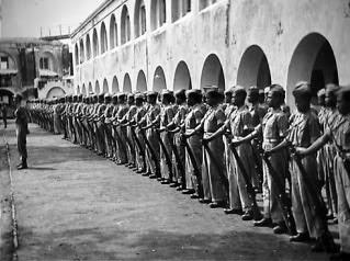 Traveling Benteng Pendem Ambarawa Fort Willem Pelatihan Parade Tentara Sumber