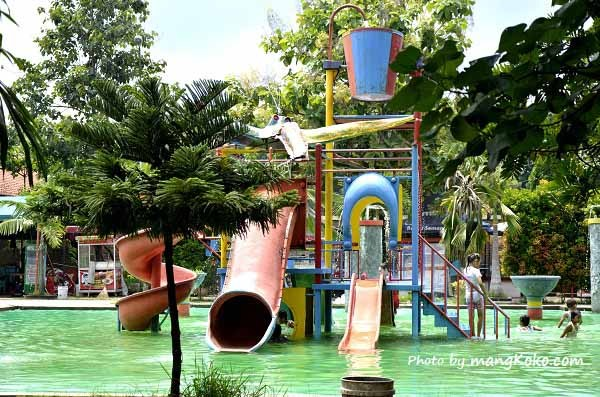December 2014 Mangkoko Water Boom Wahana Permainan Air Bonbin Semarang