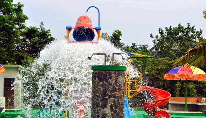 Wisata Keluarga Kebun Binatang Mangkang Kota Semarang Water Boom Bonbin