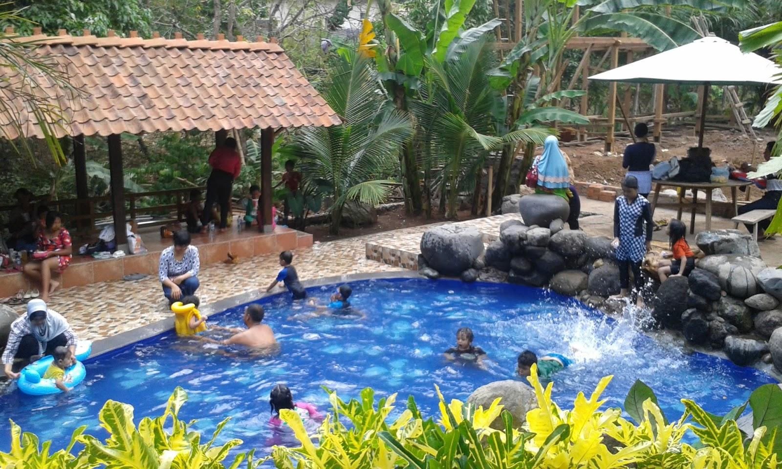Watu Gunung Danau Buatan Miliki Bangunan Kuno Semarang Tempat Bisa