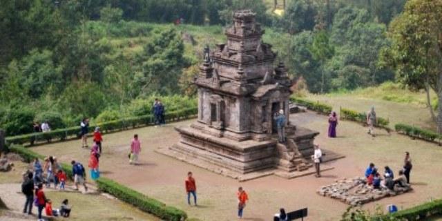 Foto Wisata Semarang Candi Gedong Songo Dikucuri Rp1 4 Wisatawan