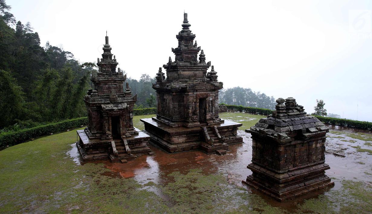 Photo Menikmati Eksotisnya Objek Wisata Candi Gedong Songo Semarang 1